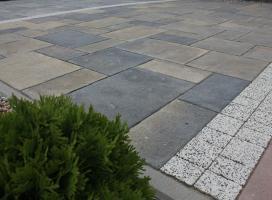 Taras z płyt betonowych