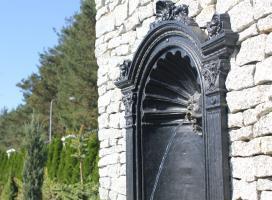 Fontanna w ścianie - żygacz wodny ogrodowy